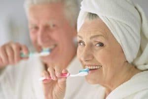 بهداشت دهان دندان سالمند