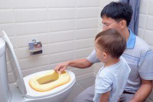والدین و آموزش دستشویی رفتن به کودک