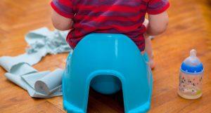 تربیت و آموزش دستشویی رفتن به کودک