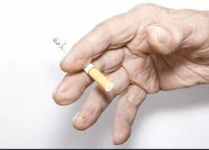 روش های ترک سیگار در سالمندان