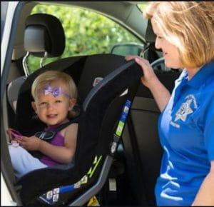 نصب صندلی ماشین کودک