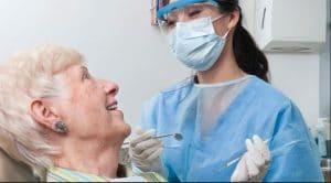 تاثیر دیابت بر دندان سالمند