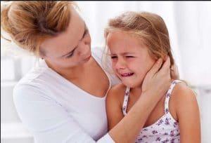 والدین و ترس های طبیعی کودکان