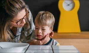 مهارت ضروری پرستار کودک در حل چالش