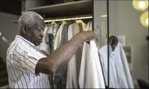 انتخاب لباس در سالمند مبتلا به زوال عقل