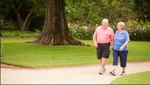 فواید پیاده روی در افراد مسن