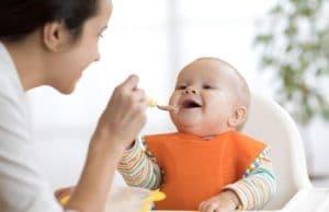 غذای جامد نوزاد